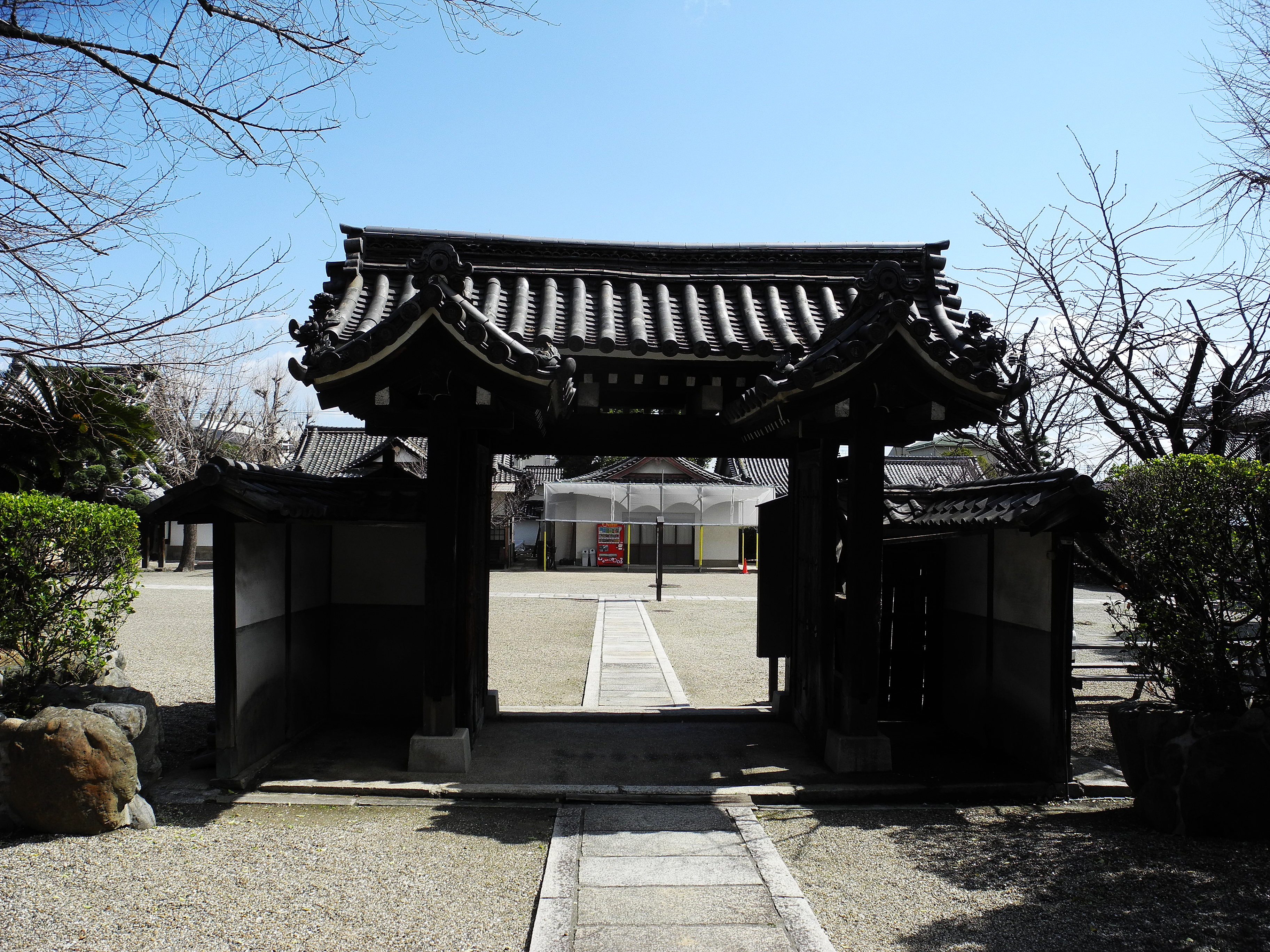 Old Myouan-ji gate at Dainenbutsu-ji in Osaka