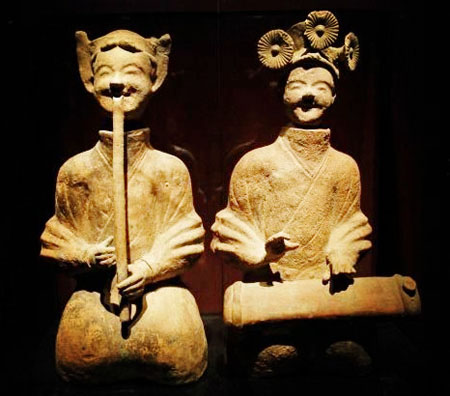 Clay figurines of possible T'ang Dynasty musicians